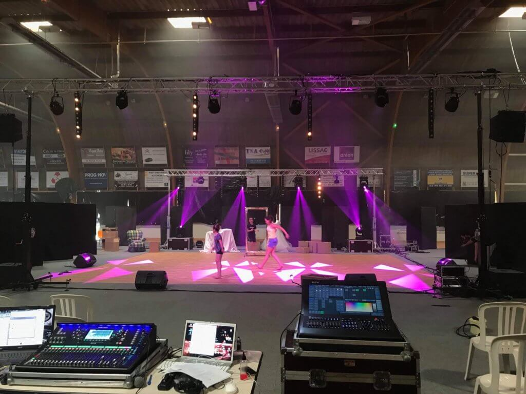 Sonorisation et mise en lumière Gala de danse Pont Saint Martin